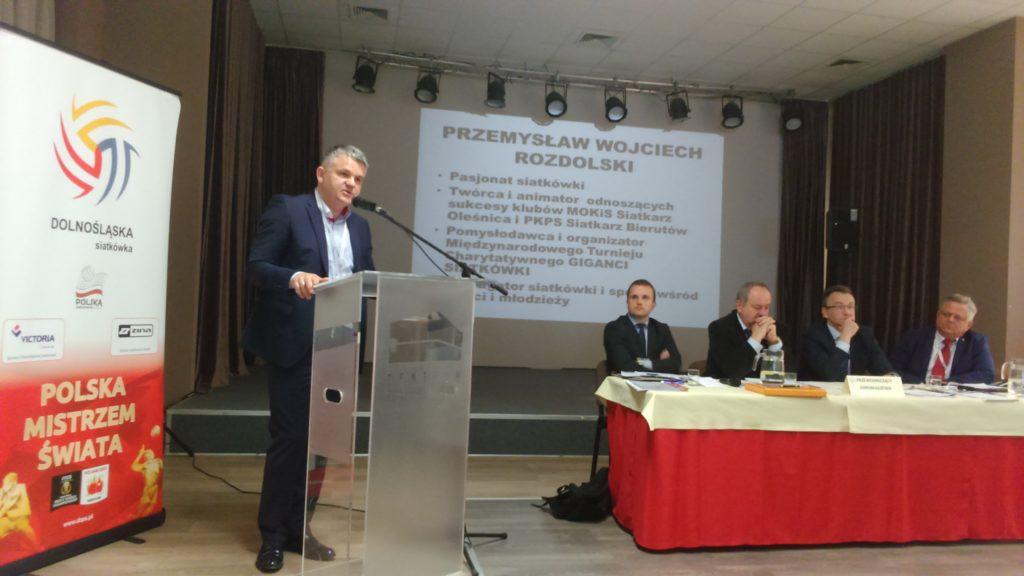 Wojciech Rozdolski podczas prezentacji wypadł lepiej - był dynamiczniejszy niż jego kontrkandydat; mówił ciekawiej, fot. JG Wybory prezesa DZPS 2016
