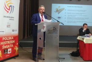 Paweł Wachowiak chwalił się przede wszystkim wielkimi imprezami, jakie przez ostatnie cztery lata zawitały na Dolny Śląsk, fot. JG Wybory prezesa DZPS 2016